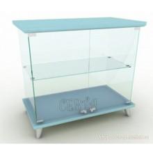 стеклянный прилавок-витрина