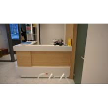 Мебельное оборудование для спорт комплексов и бассейнов